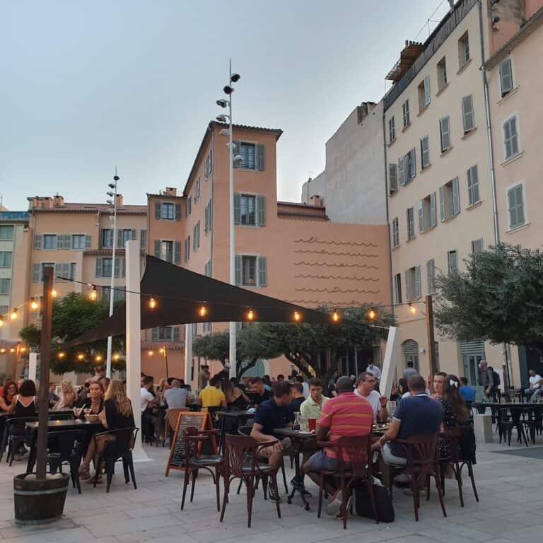 Place de l'Équerre Toulon