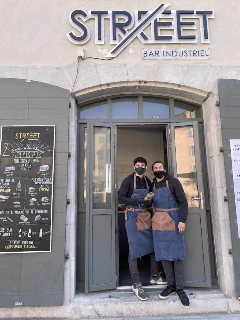 l'équipe du Street Bar à Toulon